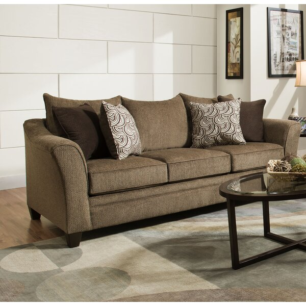 In Vogue Woodbridge Sofa by Wrought Studio by Wrought Studio