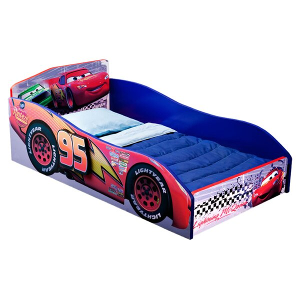 Disney Pixar Cars Convertible Toddler Bed by Delta Children