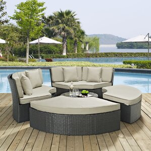 Sojourn Daybed with Cushions