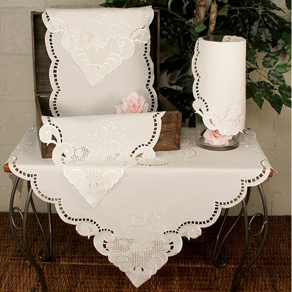 Grapes and Leaves Embroidered Cutwork Placemat (Set of 4) by Xia Home Fashions