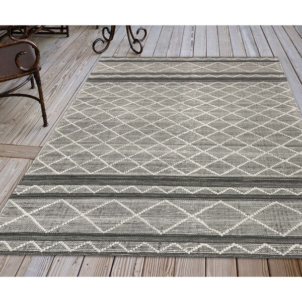 Dazey Blue/White Indoor/Outdoor Area Rug