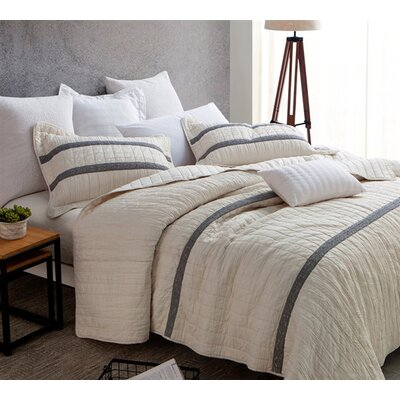 Batesville Textured Quilt Greyleigh