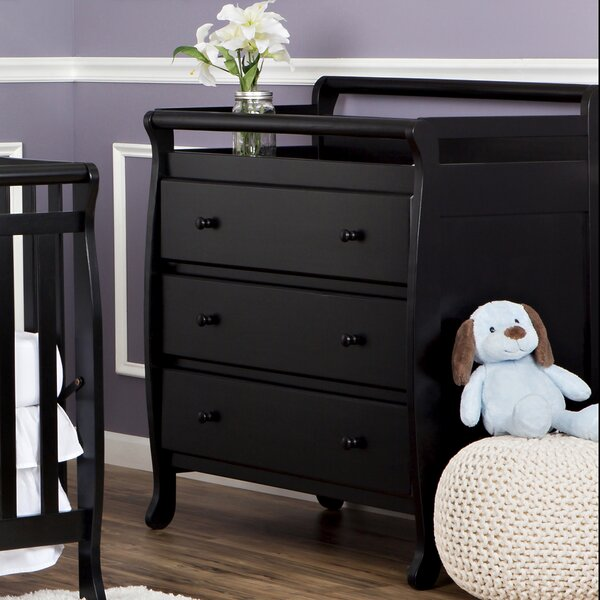 Ruff Changing Table by Viv + Rae