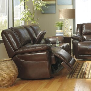 Mahoney Reclining Sofa by Signature Design by Ashley