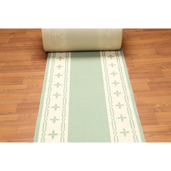 Favors Transitional Wool Green/Ivory Area Rug by Astoria Grand