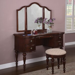 Gonson Vanity Set with Mirror by Alcott Hill