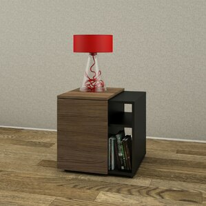 Darla End Table by Latitud..