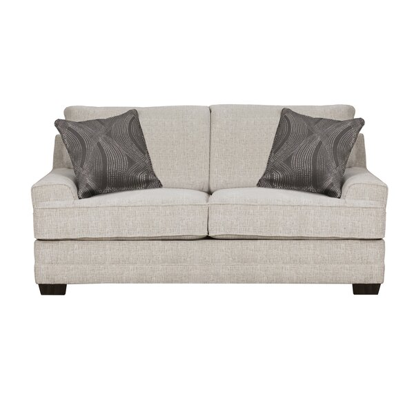 Review Elcin Loveseat