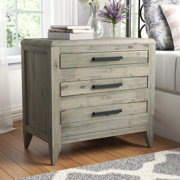Descartes 3 Drawer Nightstand by Laurel Foundry Modern Farmhouse
