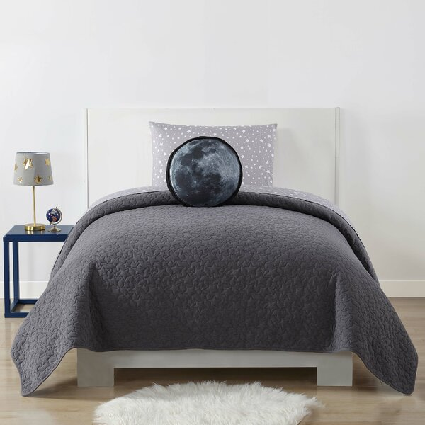 Brunelle Embossed Quilted Blanket by Harriet Bee