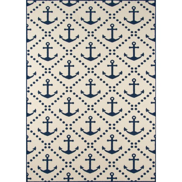 Halliday Traditional Ivory/Navy Indoor/Outdoor Area Rug by Beachcrest Home