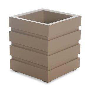 Freeport Plastic Planter Box