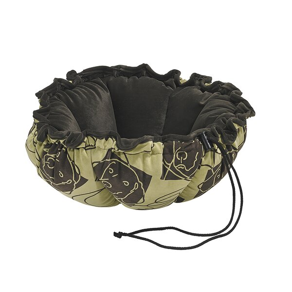Buttercup Dog Bed by Bowsers