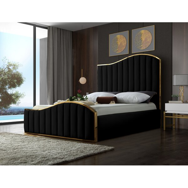 Wulff Velvet Upholstered Platform Bed by Mercer41