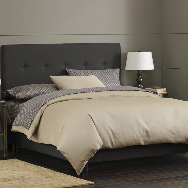 Button Tufted Upholstered Standard Bed by Skyline Furniture