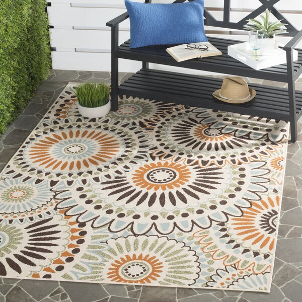 Caroline Indoor/Outdoor Rug in Chocolate by Safavieh