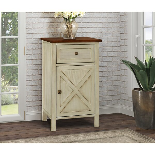 Quade Farmhouse 1 Drawer Nightstand by Gracie Oaks