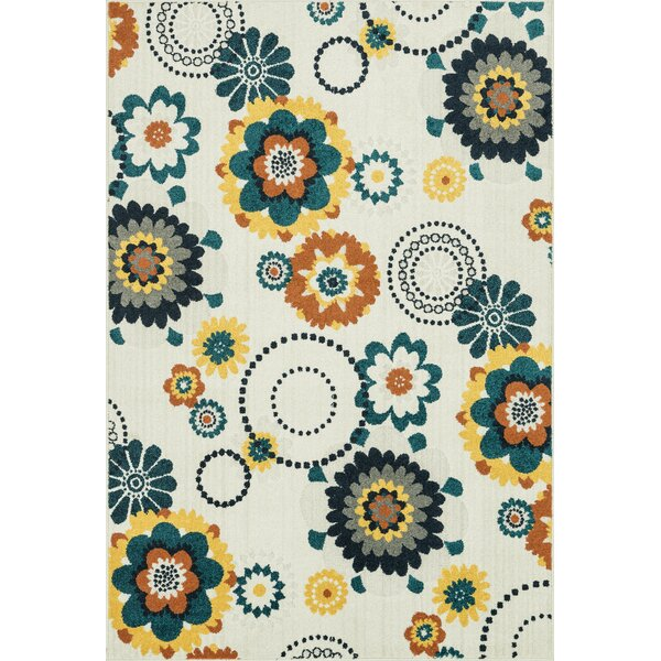 Winifred Ivory/Green Indoor/Outdoor Area Rug by Brayden Studio