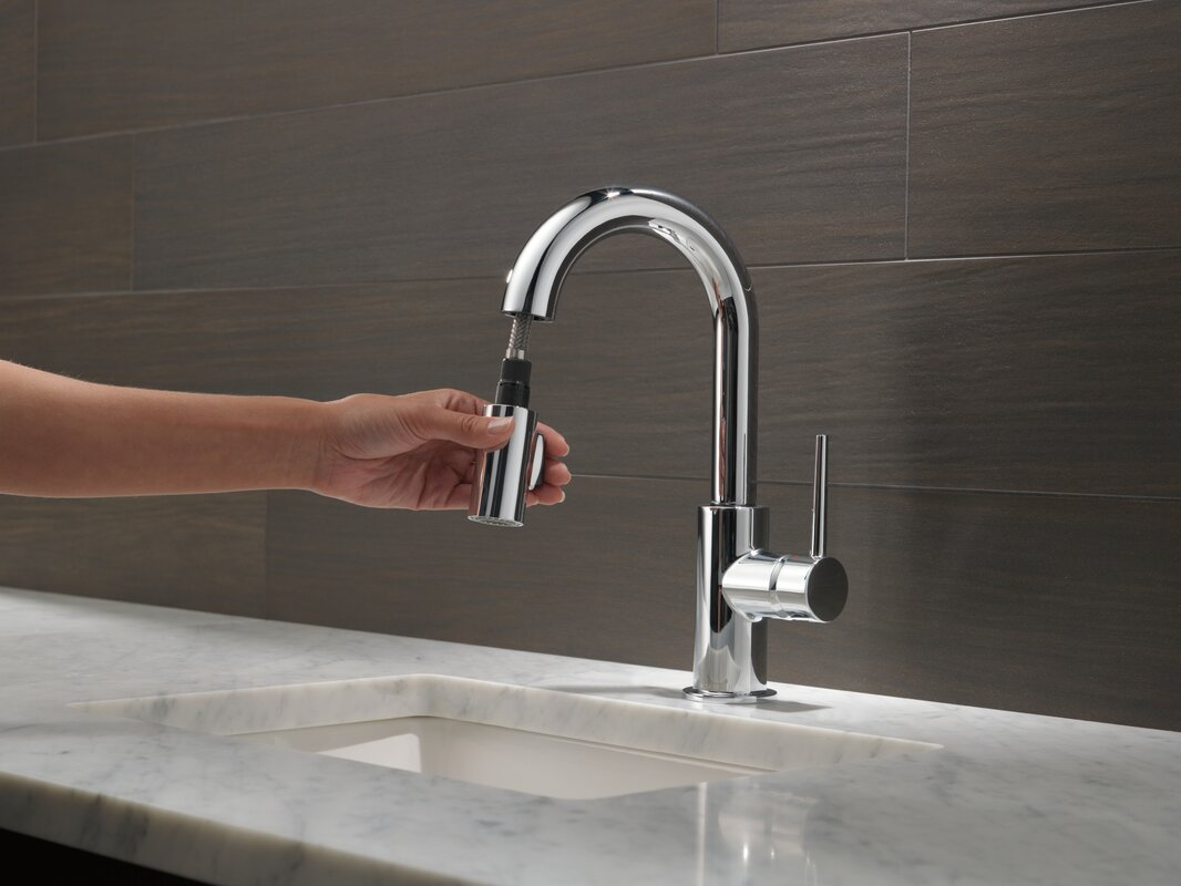 Trinsic Pull Down Bar Faucet With Magnatite 174 Docking And