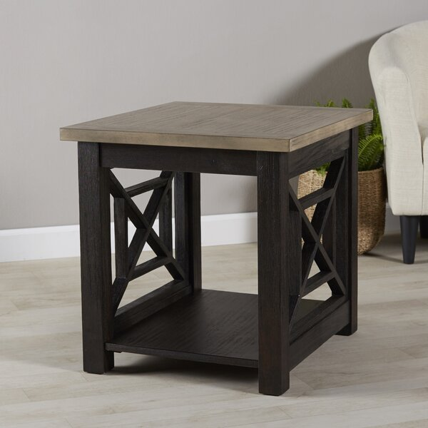 Upton Cheyney Side Table by Darby Home Co Darby Home Co