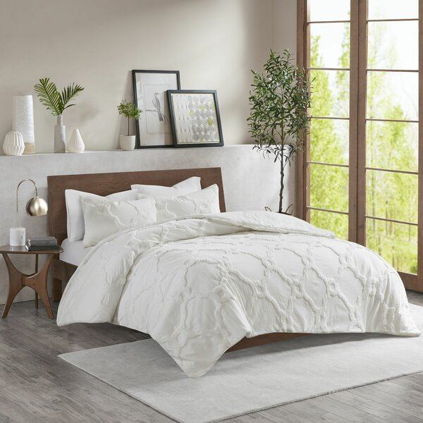 Alaniz Cotton Chenille Comforter Set by Highland Dunes