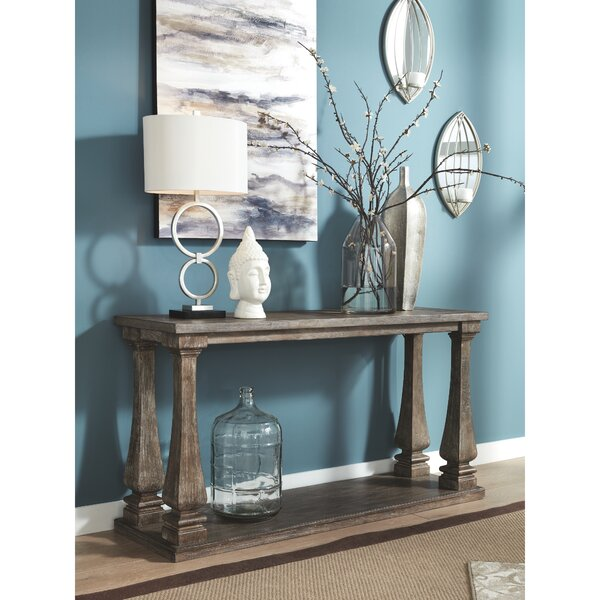 Review Terence Console Table