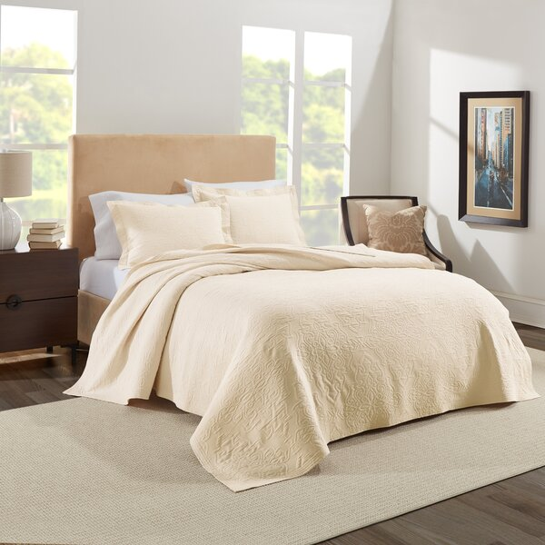 Hoffmann European Matelasse Coverlet Set