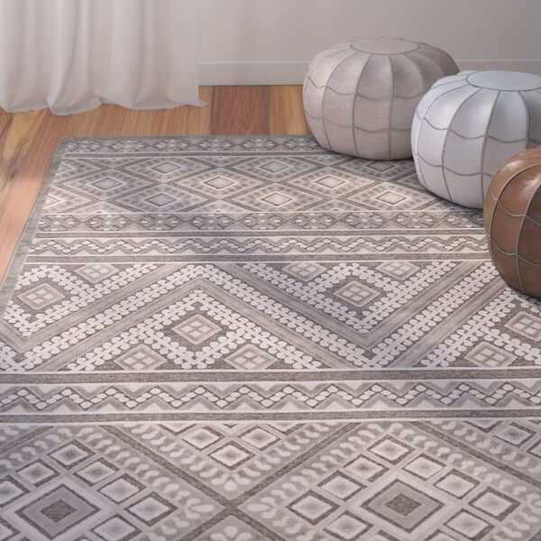 Vivienne Gray/Silver Area Rug by Bungalow Rose