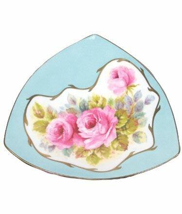 Jeffery Triangular Dish Platter by Astoria Grand