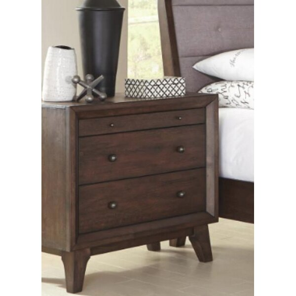 Asherton 3 Drawer Nightstand by Ivy Bronx
