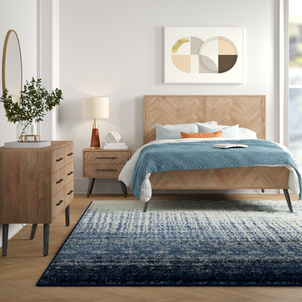 Lexy Platform Bed by Foundstone