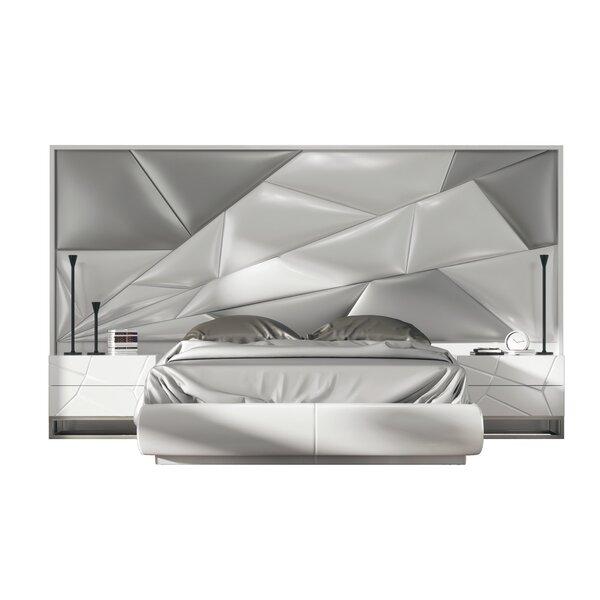Helotes Queen Standard 3 Piece Bedroom Set by Orren Ellis
