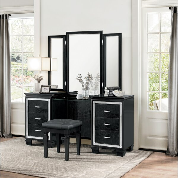 Boden Vanity with Mirror by House of Hampton House of Hampton