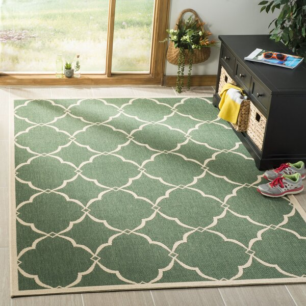 Huth Green/Cream Area Rug by Charlton Home