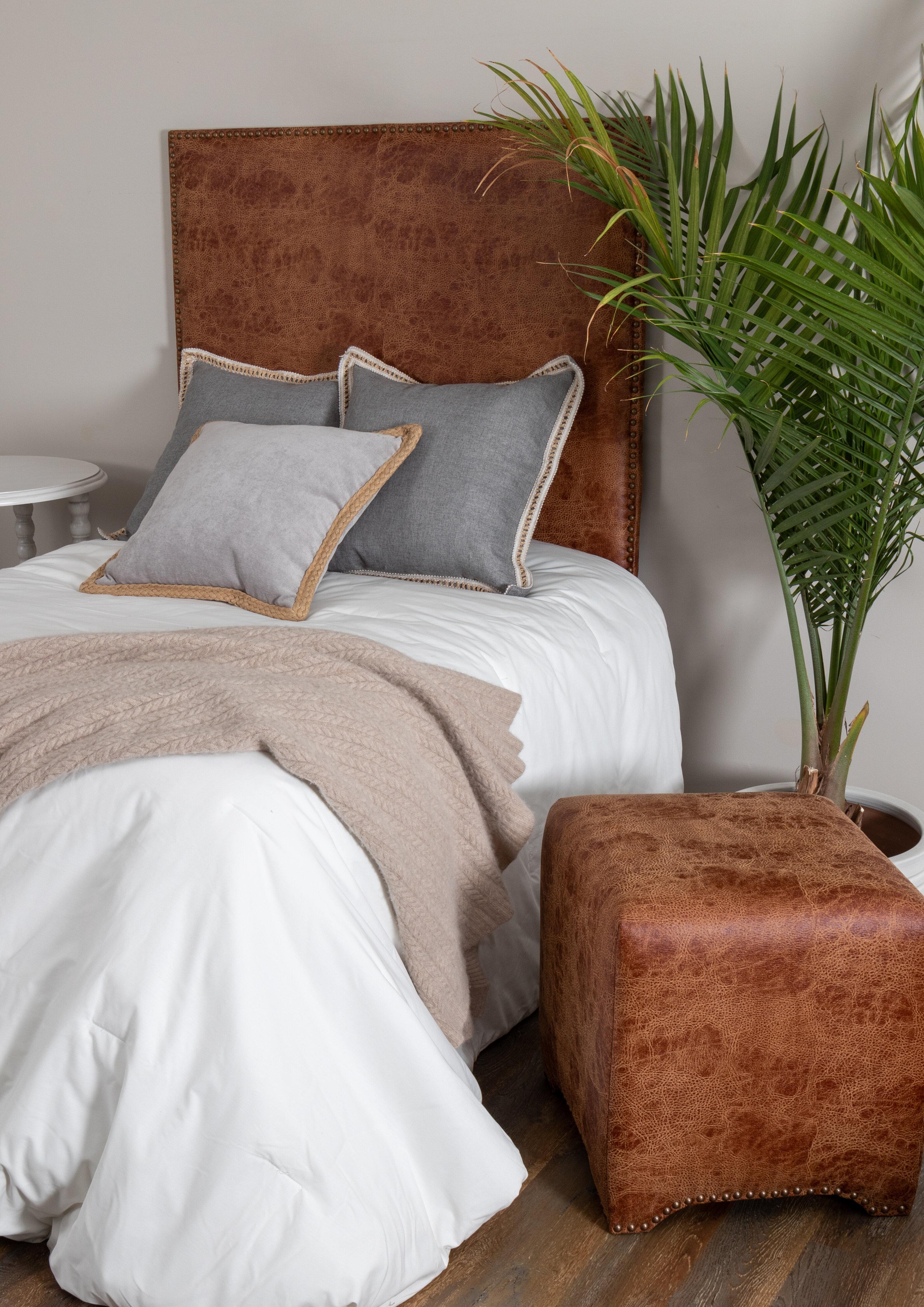 Picture of: Lefflerhome Twin Upholstered Headboard Wayfair