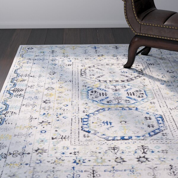 Arteaga Traditional Vintage Cream/Blue Area Rug by Bungalow Rose