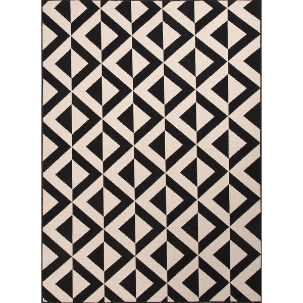 Wethersfield Ivory/Black Indoor/Outdoor Area Rug by The Conestoga Trading Co.