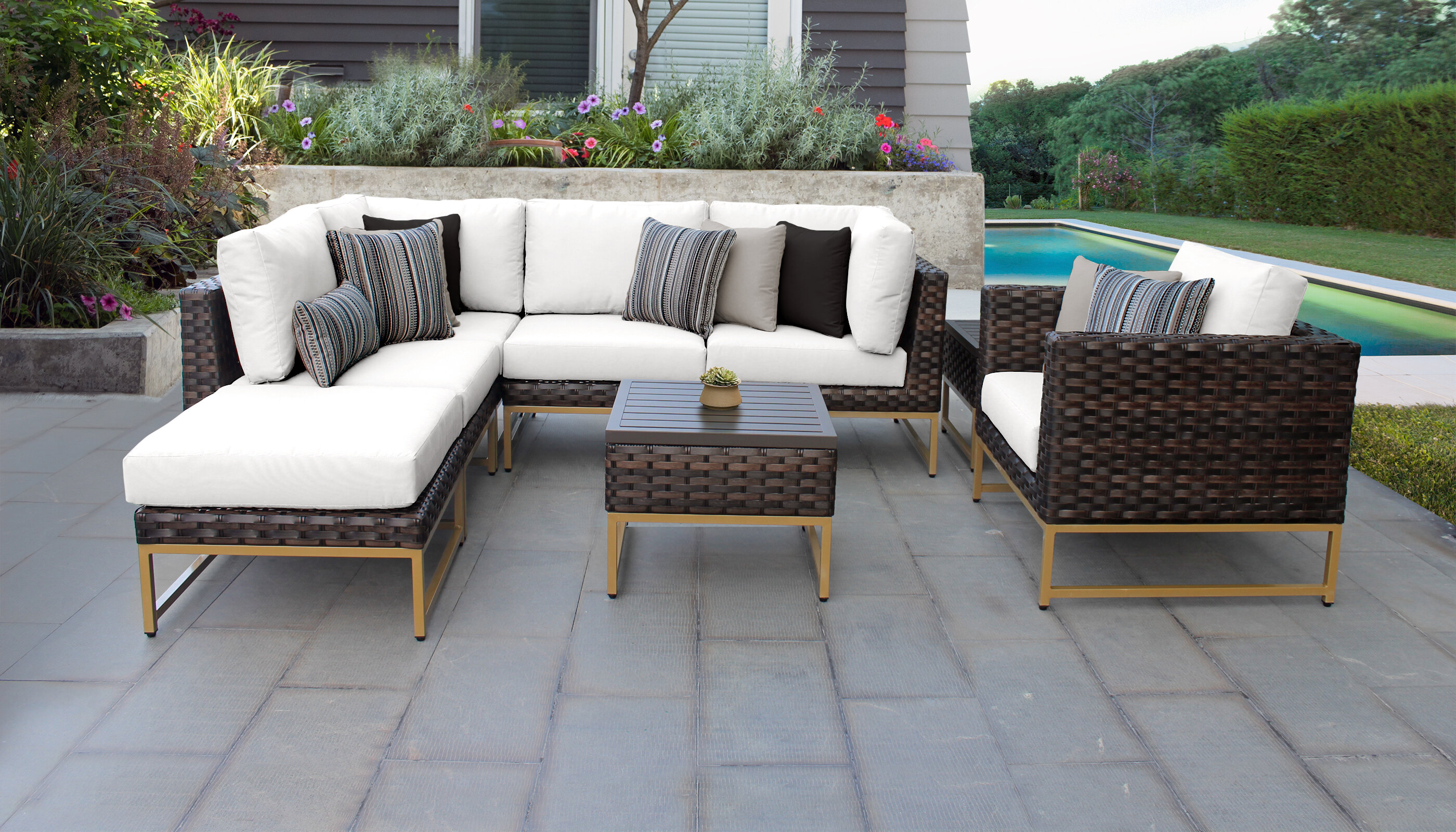 Henson 8 Piece Sectional Seating Group