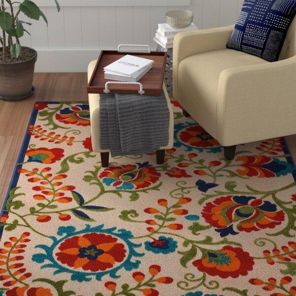 Kimbell Donohoe Beige/Green Indoor/Outdoor Area Rug by Winston Porter