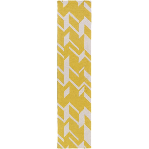 Youmans Hand-Crafted Yellow/White Area Rug by George Oliver