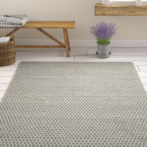 Quays Hand-Woven Gray/Green Area Rug by Gracie Oaks