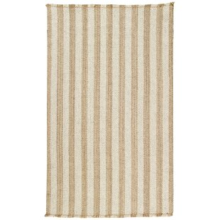 Trend Felton Tan/White Area Rug By Breakwater Bay