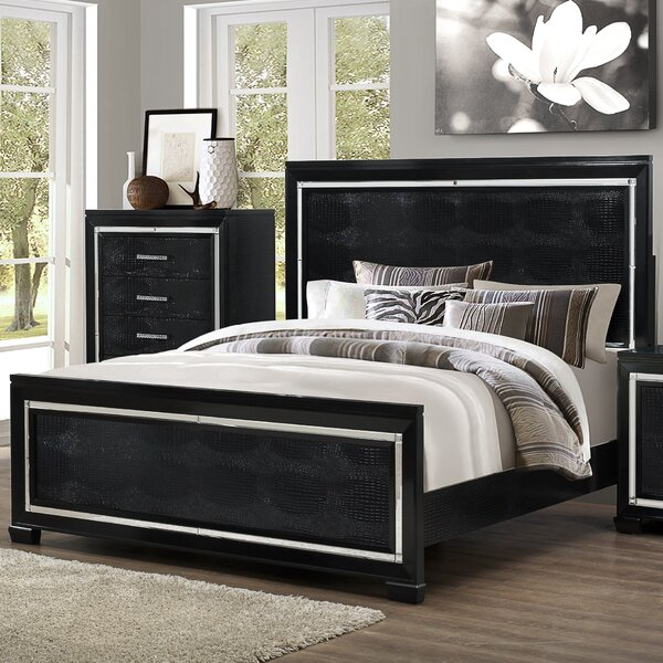 Soila Standard Bed by Everly Quinn