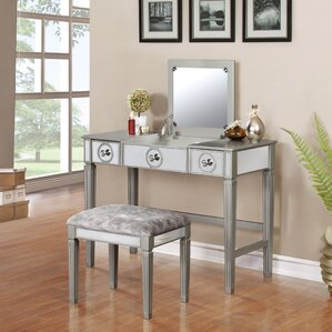 Melton Mowbray Vanity Set with Mirror by House of Hampton
