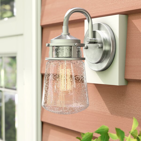 Davis 1-Light Outdoor Wall Lantern by Beachcrest Home
