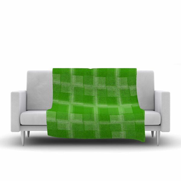 Trebam Menta V.2 Modern Digital Fleece Throw by East Urban Home