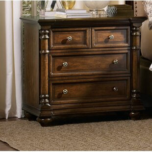 Great choice Leesburg 3 Drawer Bachelor's Chest By Hooker Furniture