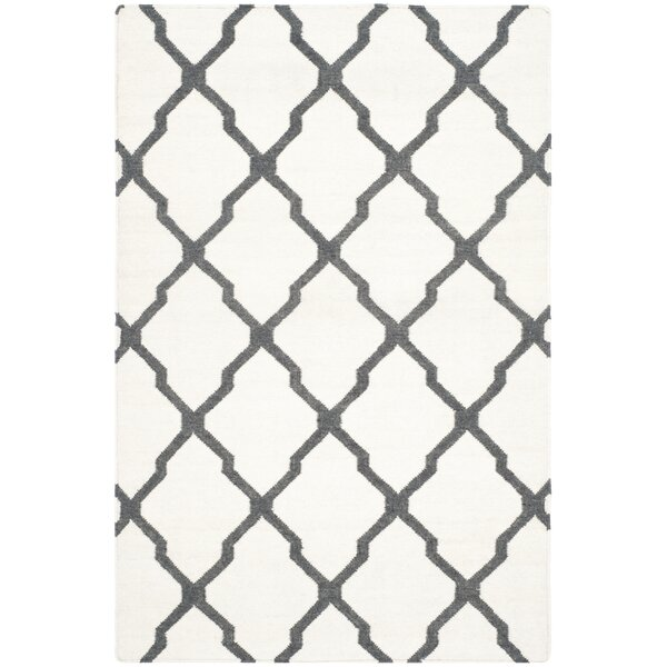 Dhurries Hand-Woven Wool Ivory/Charcoal Area Rug by Safavieh