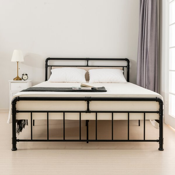 Muskego Upholstered Platform Bed Charlton Home W001958927