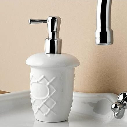 Queen Soap Dispenser by Toscanaluce by Nameeks